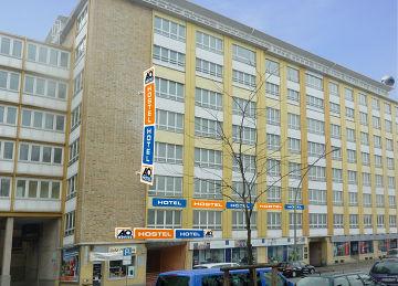 A&O Hamburg.jpg
