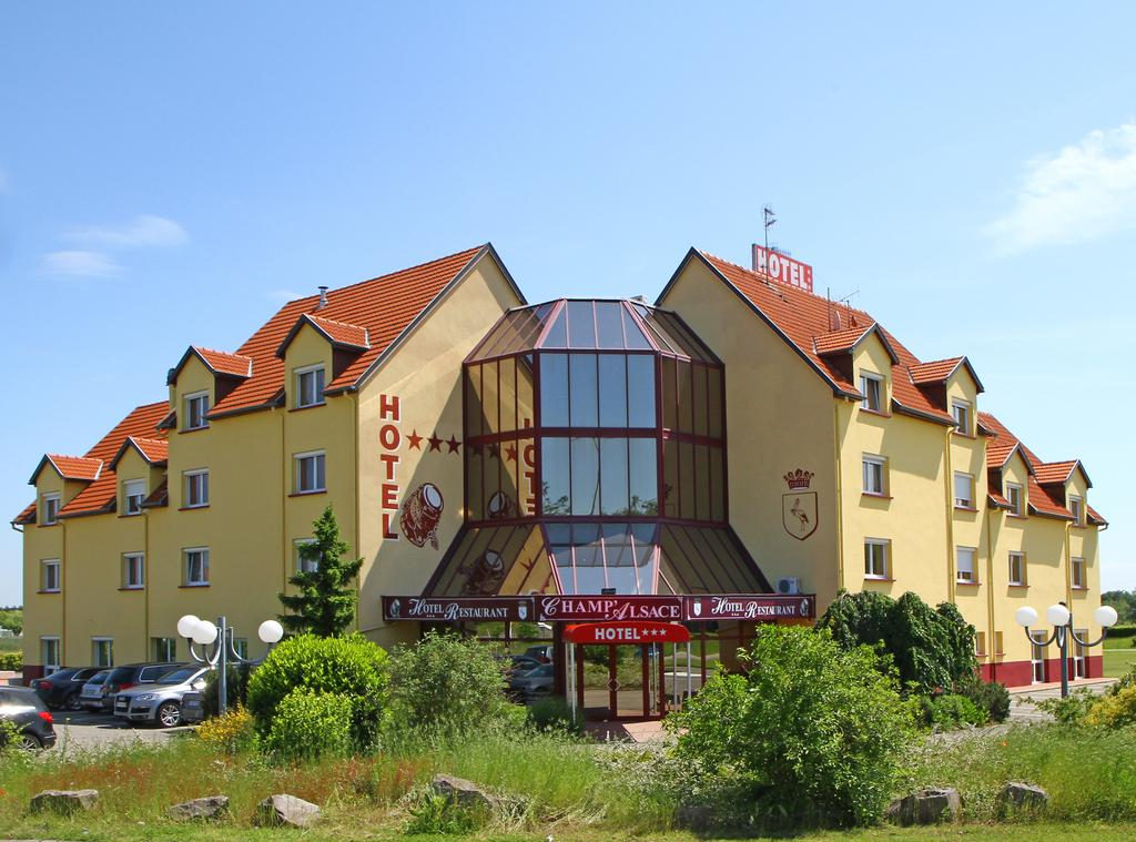 Hotel Champ.jpg