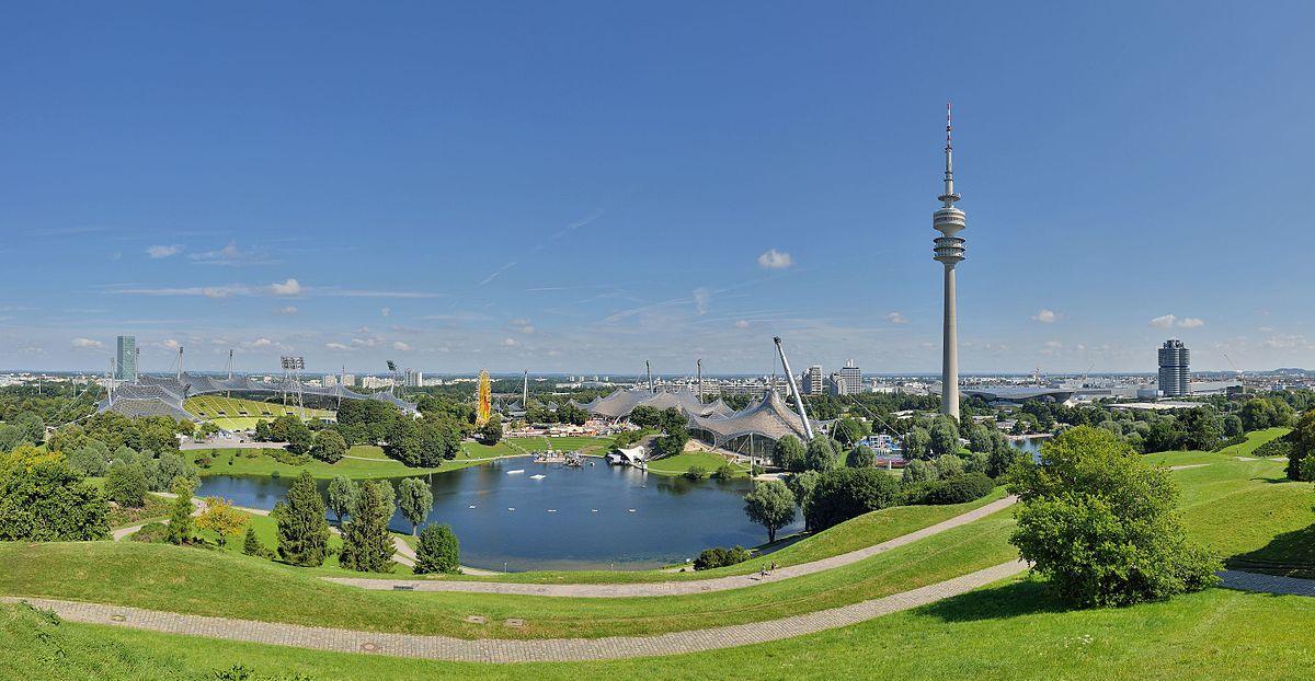 München_-_Olympische_Bauten.jpg