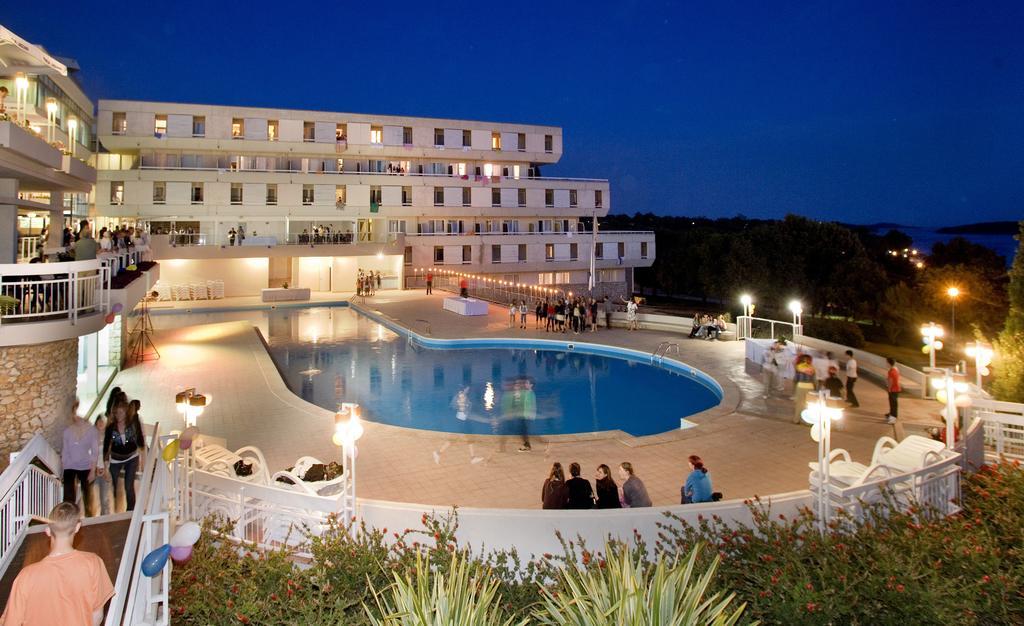 Hotel Delfin.jpg
